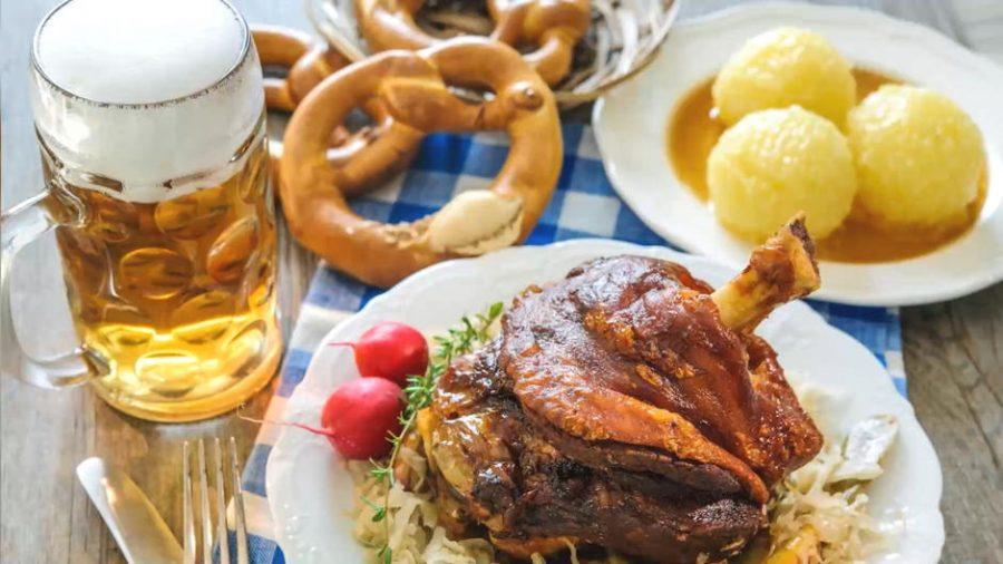 Oktoberfest-Zeit im RheinKult